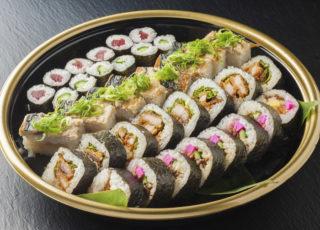 740焼き鯖寿司とトンカツ巻き