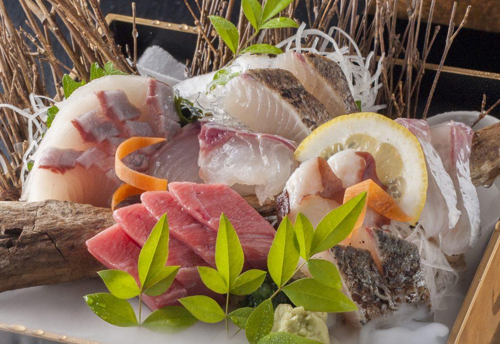 1008)地魚造り盛り